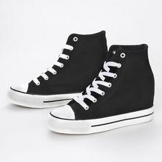 Sneakers με κρυφό τακούνι