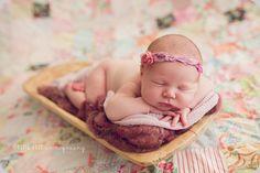 Essie Rose Photography - Las Vegas Maternity, Newborn and Child Photography | Brinley: Las Vegas Newborn Photography | http://essierosephotography.com