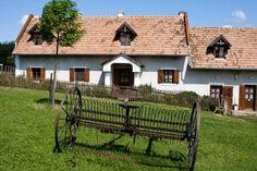Salföldi Major, Salföld, Veszprém megye, Káli-medence, Magyarország Traditional House, How Beautiful, Old Houses, Paintball, Countryside, Gazebo, Outdoor Structures, House Styles, Places