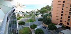 Обустроенные для отдыха квартиры у моря в Бенидорме, аренда Мы предлагаем в аренду на время отдыха с семьей в Испании просторные квартиры в Бенидорме с видом на море, рядом с песчаным пляжем. Вы можете заранее забронировать апартаменты с одной или…