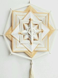 Очищение Eye Mandala, Mandala Art, Diy And Crafts, Crafts For Kids, Arts And Crafts, Diy Dream Catcher Tutorial, Woolen Craft, Gods Eye, Southwest Decor