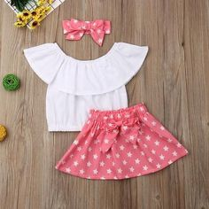 White Off Shoulder Top W/ Star Print Bowknot Skirt & Matching Headband Cotton Frocks, White Off Shoulder Top, Girl Outfits, Cute Outfits, Baby Frocks Designs, Skirts For Kids, Fancy Blouse Designs, Frock Design, Kids Frocks