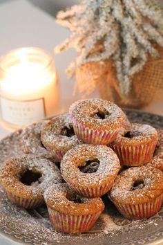Scandinavian Desserts, Delicious Desserts, Yummy Food, Fika, Afternoon Tea, Doughnut, Sweden, Nom Nom, Food And Drink