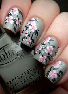 Gray & Pink Floral Nails