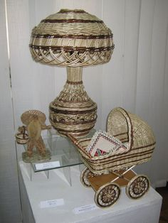 Decorative Objects, Decorative Boxes, Paper Weaving, Old Newspaper, Paper Basket, Construction Paper, Wicker, Rattan, Basket Weaving