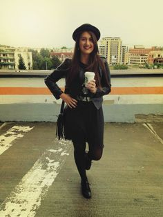 Quick outfit post | Fashion Sofa Sofa Styling, Outfit Posts, Hipster, Blog, Outfits, Style, Fashion, Swag, Moda