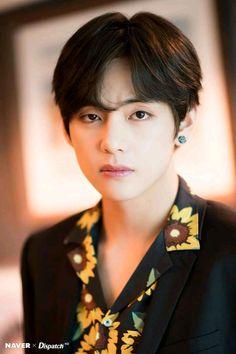Naver x Dispatch: BTS 2019 Billboard Music Awards Rehearsal Preparation Photoshoot Jungkook Jimin, Kim Taehyung, Bts Bangtan Boy, Foto Bts, Bts Photo, Daegu, K Pop, Billboard Music Awards, Bts Billboard