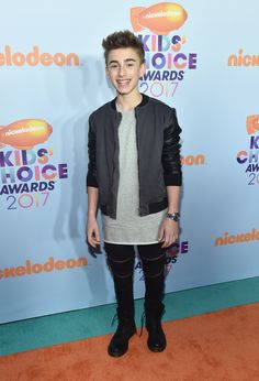 LOS ANGELES, CA - MARCH 11: Internet personality Johnny Orlando at Nickelodeon's 2017 Kids' Choice Awards at USC Galen Center on March 11, 2017 in Los Angeles, California. (Photo by Alberto E. Rodriguez/Getty Images) via @AOL_Lifestyle Read more: https://www.aol.com/article/entertainment/2017/03/11/kids-choice-awards-2017-red-carpet-arrivals/21880105/?a_dgi=aolshare_pinterest#fullscreen