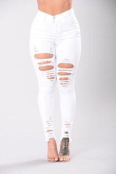 Fashion Nova has the best selection of women's high waisted jeans online. From high waisted flare jeans to high waisted skinny jeans and distressed denim to boyfriend high rise jeans, you'll find it all here. White Ripped Skinny Jeans, Cute Ripped Jeans, Superenge Jeans, Womens Ripped Jeans, Ripped Jeans Outfit, White Distressed Jeans, Denim Overalls, Nova Jeans, Dark Denim