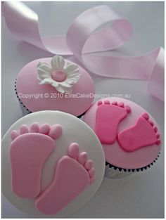 baby shower cakes... How cute