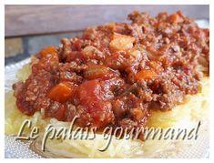 Le palais gourmand: Sauce spaghetti au four Sauce Spaghetti, Baked Potato, Potatoes, Pasta, Meat, Baking, Ethnic Recipes, Carnivore, Food