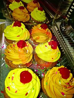 Vanilla cupcakes with buttercream topping. #PopCake