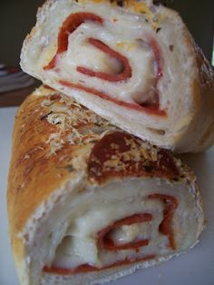 Pepperoni Cheese Bread - super awesome dinner!