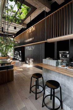 RYU Japanese Restaurant by Ménard Dworkind in Westmount Canada Yellowtrace Japanese Restaurant Interior, Restaurant Interior Design, Cafe Interior, Japanese Interior Design, Restaurant Interiors, House Interiors, Contemporary Interior, Sushi Bars, Design Commercial