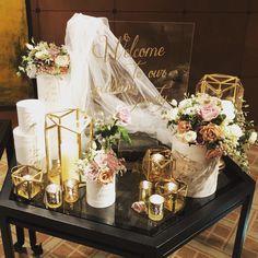 引き算するのがポイント!ホテルウェディングに学ぶ〔大人っぽい〕ウェルカムスペース装飾 | marry[マリー] Reception Table, Wedding Table, Free Wedding, Our Wedding, Wedding Ideas, Wedding Images, Wedding Styles, Wedding Goals, Wedding Planning