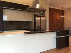 Kitchen Island, Home Decor, Kitchens, Colors, Projects, Island Kitchen, Interior Design, Home Interior Design, Home Decoration