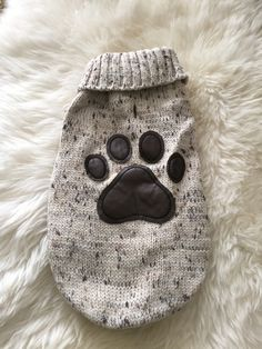 Sweater - Aberdeen Paw Sweater