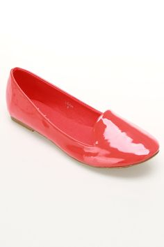 coral Pretty!  I may have to start wearing flats this winter.  :)