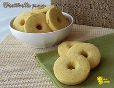 Come preparare i biscotti alla panna, deliziosi frollini da inzuppare nel latte o nel tè, ricetta facile tradizionale e anche senza glutine