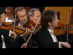 A really meaty and powerful performance of Beethoven's Fifth Symphony. Love how the musicians really get after it.