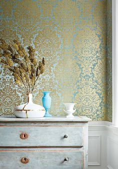 Thibaut Design Kingsbury Damask is printed on top of mylar and natural cork, with a slightly textured ground. This large-scale, traditional damask pattern is inspired by an antique document, and adds glamour to any space. Cork Wallpaper, Damask Wallpaper, Bedroom Feature Wallpaper, Royal Wallpaper, Wallpaper Decor, Damask Decor, Feature Wall Bedroom, Interior Decorating, Interior Design