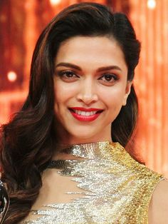 Hottest pouts in Bollywood - Deepika Padukone Indian Celebrities, Bollywood Celebrities, Bollywood Actress, Deepika Ranveer, Deepika Padukone Style, Ranveer Singh, Shraddha Kapoor, Most Beautiful Faces, Beautiful Lips