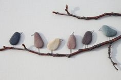 Pebble Art of Nova Scotia by Sharon Nowlan by PebbleArt on Etsy Knutselen met stenen/takjes