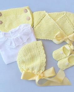 Nos enamoró esta belleza de co Crochet Horse, Crochet Lace, Tricot Baby, Baby Boutique, Fashion Kids, Baby Wearing, Outfit Sets, Baby Knitting, Baby Dress