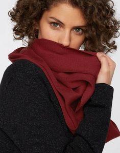 Strick Loop Schal aus Biobaumwolle #veganemode #veganfashion #fairemode #fairfashion Vegan Fashion, Organic, Shopping, Scarf Knit, Scarves, Cotton