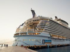 Oasis of the Seas, aglow in Cozumel.