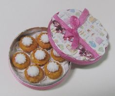 Hey, I found this really awesome Etsy listing at https://www.etsy.com/listing/188957784/cupcakes-in-tin-container-miniature-food