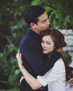 คุณแม่สวมรอย You Are Me #คุณอธิราช #สิณา #ธิณา #ฐาลิน #ป๊อปบัว Thai Drama, I Movie, Dan, Watch, Couple Photos, Couples, Wedding, Couple Shots, Valentines Day Weddings