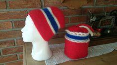 Heklet og tovet Elf On The Shelf, Holiday Decor, Home Decor, Homemade Home Decor, Decoration Home, Interior Decorating