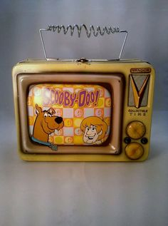 Rare Vintage Scooby Doo Tin Lunchbox made by Vandor..My son would love to have this!!!