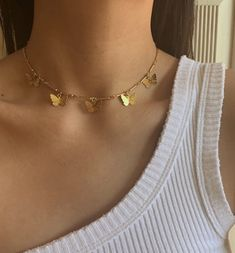 Whisper thin gold chokers with darling heart details. These heart chokers come in either one single heart or in triple hearts. These dainty necklaces have an additional extender so you can adjust the lengths of them to wear as a choker or longer necklace. Dainty Jewelry, Cute Jewelry, Jewelry Accessories, Women Jewelry, Fashion Jewelry, Jewelry Ideas, Hippie Jewelry, Bling Bling, Jewelery