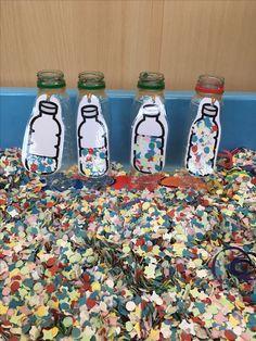Flesjes vullen met confetti
