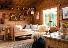 Scandinavian Cabin, Scandinavian Interior, Cabana, Wooden House Design, Architecture Design, Log Cabin Living, Chalet Design, Diy Sofa, Cabins And Cottages