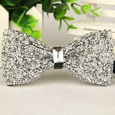 2016 New Specials Evening the butterfly british style self bowtie Diamond mens gold tie men's bow Tie size and Mens Gold Tie, Mens Silk Ties, Bow Tie Wedding, Wedding Men, Party Wedding, Diamond Bows, Gem Diamonds, Wooden Bow Tie, Red Wedding Dresses