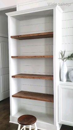 Styling Bookshelves, Bookshelves In Living Room, Paint Bookshelf, Bookshelf Makeover Diy, Bedroom Storage Shelves, Diy Bookshelf Design, Grey Bookshelves, Diy Bookcases, Built In Shelves Living Room