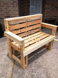 Most Creative Simple DIY Wooden Pallet Furniture Project Ideas - Wooden Pallet Chair, Bench - Pallet Projects Pallet Furniture Instructions, Wooden Pallet Projects, Wooden Pallet Furniture, Wooden Pallets, Wooden Diy, Pallet Wood, Wooden Garden, Pallet Chair, Diy Chair