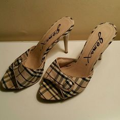 Tan Plaid Open Toe Heels