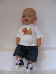Voor Baby Born Boy een skate broekje en een t-shirt
