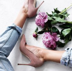 1e7cf6c67573  29.95 Pointed heels in pink. Instagram Shoes