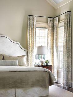 Corner curtains
