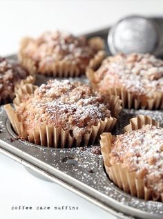 coffee cake muffins (via Bloglovin.com )