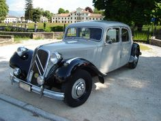 "Citroen 11 B "" Traction "" Psa Peugeot Citroen, Citroen Car, Vintage Racing, Vintage Cars, Antique Cars, Art Deco Car, Traction Avant, Citroen Traction, Pretty Cars"