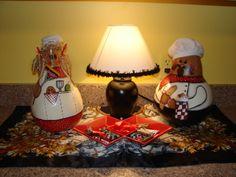 Light Bulb Crafts, Gourd Crafts, Gourd Art, Gourds, Tripod, Bulbs, Nest, Christmas Crafts, Arts And Crafts