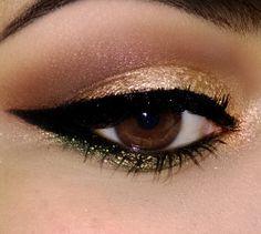 Maquiagem de natal. Dourada e verde.