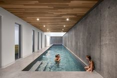 Want indoor swimming pool concepts? Try out huge photograph gallery showcasing 52 cool indoor swimming pool designs. If you wish to swim year-around, an incredible choice is an indoor pool. Swimming Pool Photos, Indoor Swimming Pools, Swimming Pool Designs, Lap Pools, Backyard Pools, Pool Decks, Pool Landscaping, Underground Swimming Pool, 8 Pool