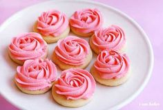 Rose Cookie Tutorial..wouldn't these be pretty for Easter or a shower?